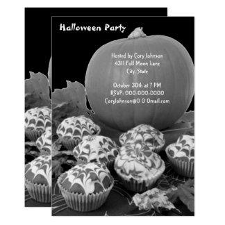 Tarjeta La calabaza y el fiesta B&W de Halloween de las