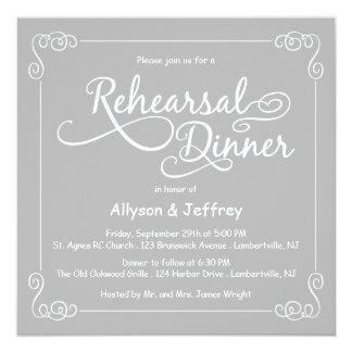 Tarjeta La cena gris del ensayo del boda de la pizarra