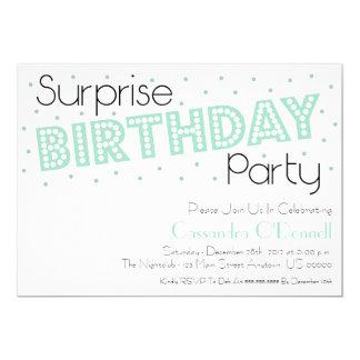 Tarjeta La fiesta de cumpleaños de la sorpresa del confeti