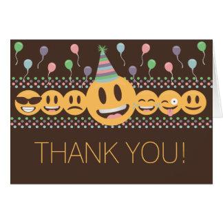 Tarjeta La fiesta de cumpleaños linda de Emoji le agradece