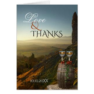 Tarjeta La foto del boda del vino del viñedo le agradece