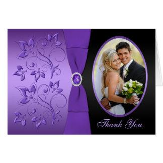 Tarjeta La foto floral púrpura y negra le agradece cardar