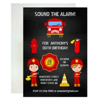 Tarjeta La pizarra del cumpleaños del bombero añade la