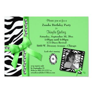 Tarjeta La verde lima y la fiesta de cumpleaños rayada