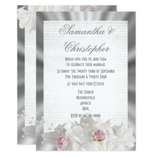Tarjeta Las flores blancas pican color de rosa en el boda