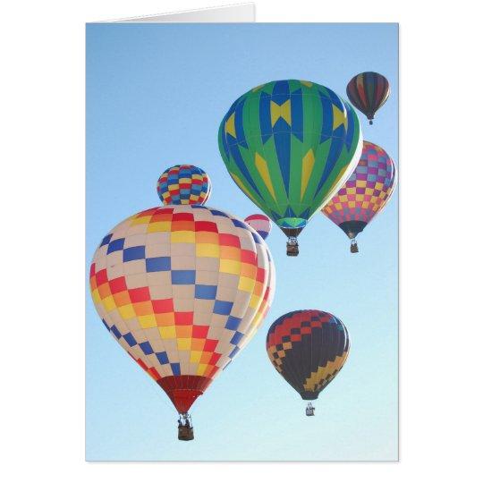 Tarjeta Levantamiento de los globos del aire caliente