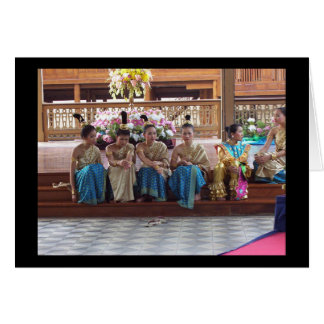Tarjeta ¡Los bailarines tailandeses tradicionales toman