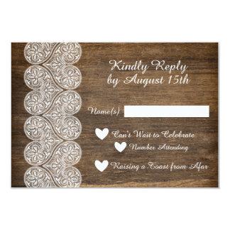 Tarjeta Madera y cordón RSVP para un boda rústico