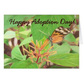 Tarjeta ¡mariposa, día feliz de la adopción!