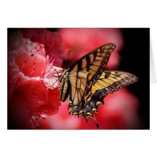 Tarjeta Mariposa y flores - sombras del beige/del rosa