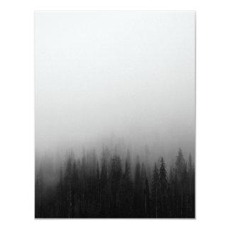 Tarjeta Místico de niebla de la escena del paisaje de la