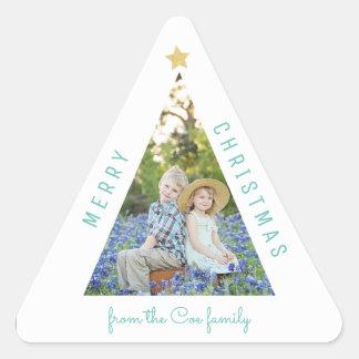 Tarjeta moderna del día de fiesta del árbol de pegatina triangular