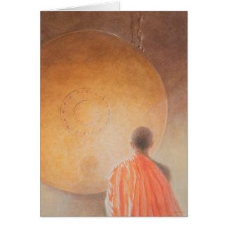 Tarjeta Monje budista y gongo jovenes Bhután 2010