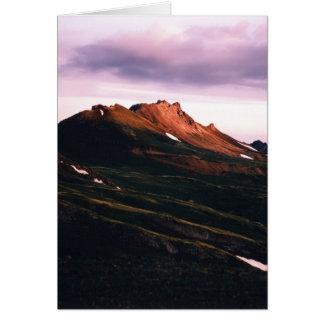 Tarjeta Montaña del ingeniero en el amanecer