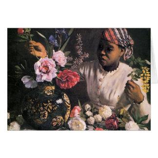 Tarjeta Mujer africana que planta las flores en un florero
