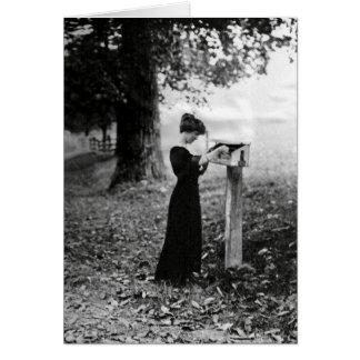 Tarjeta Mujer del Victorian del buzón del vintage