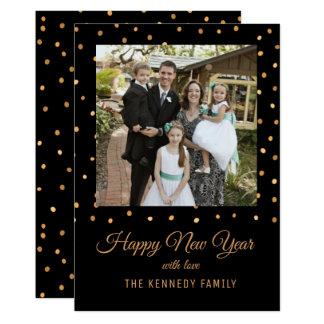 Tarjeta Negro y Feliz Año Nuevo del oro