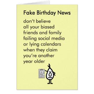 Tarjeta Noticias falsas del cumpleaños - un poema