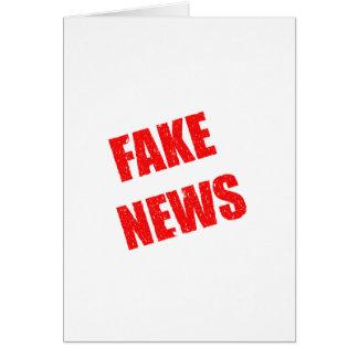 Tarjeta Noticias falsas domina a nuestra sociedad
