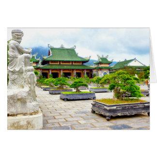 Tarjeta Pagoda de Tra Linh Ung del hijo