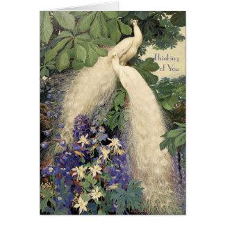 Tarjeta Pavos reales y flores blancos