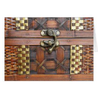 Tarjeta Pecho de madera con el cierre del metal