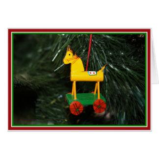 Tarjeta Pequeño ornamento amarillo del navidad del potro