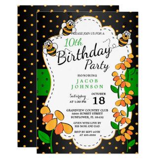 Tarjeta Pequeños lindos manosean abejas del cumpleaños