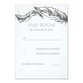 Tarjeta Plumas grises RSVP que se casa elegante blanco