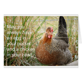 Tarjeta pollo en su corazón