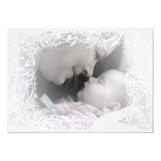 Tarjeta preciosa de la invitación del nacimiento