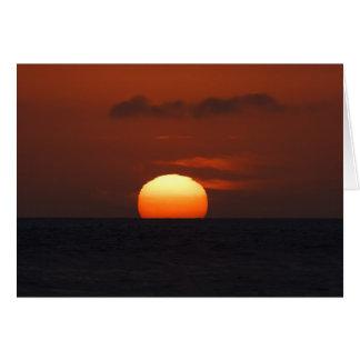 Tarjeta Puesta del sol sobre el océano