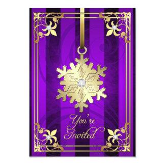 Tarjeta púrpura dorada del día de fiesta del copo invitaciones personalizada