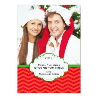 Tarjeta rayada moderna roja y verde de la foto del invitación 12,7 x 17,8 cm
