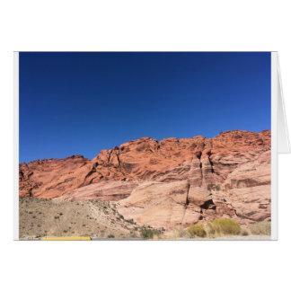 Tarjeta Rocas rojas y cielos azules
