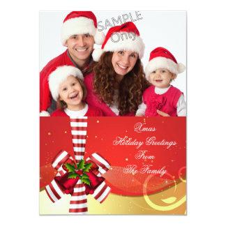 Tarjeta Rojo del oro de los saludos del navidad del día de
