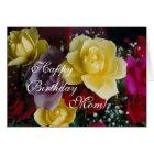 Tarjeta Rosas del cumpleaños de la mamá