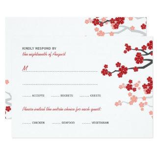 Tarjeta Sakura rojo florece la felicidad doble que casa