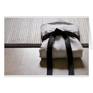 Tarjeta Soldado enrollado en el ejército del judo en la