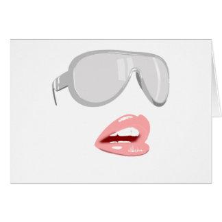 Tarjeta Sombras y labios bonitos