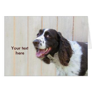 Tarjeta sonriente personalizada del perro de aguas