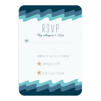 Tarjeta temática de RSVP de la playa - onda azul