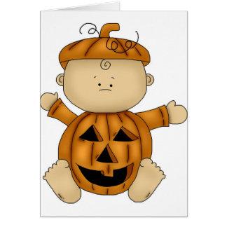 Tarjeta Traje de Halloween de la calabaza en bebé