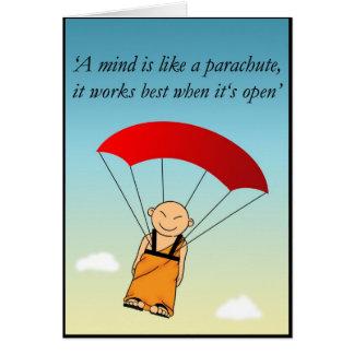Tarjeta Una mente es como un paracaídas…