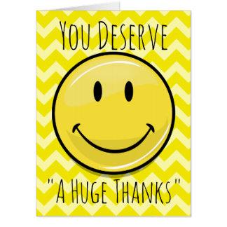 Tarjeta Una sonrisa enorme gigantesca le agradece
