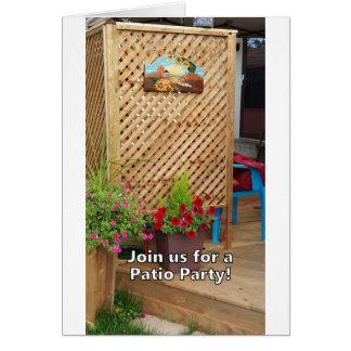 Tarjeta ¡Únase a nos para un fiesta del patio!