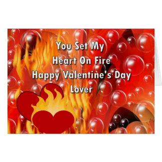 Tarjeta Usted fijó mi corazón en el fuego Valentine&apos