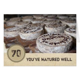 Tarjeta Usted ha madurado bien el queso viejo del 70.o