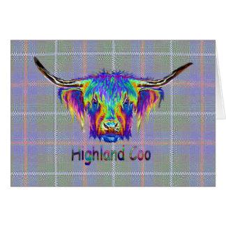 Tarjeta Vaca de la montaña del arco iris en un fondo del