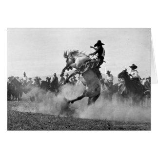 Tarjeta Vaquero en un caballo salvaje bucking